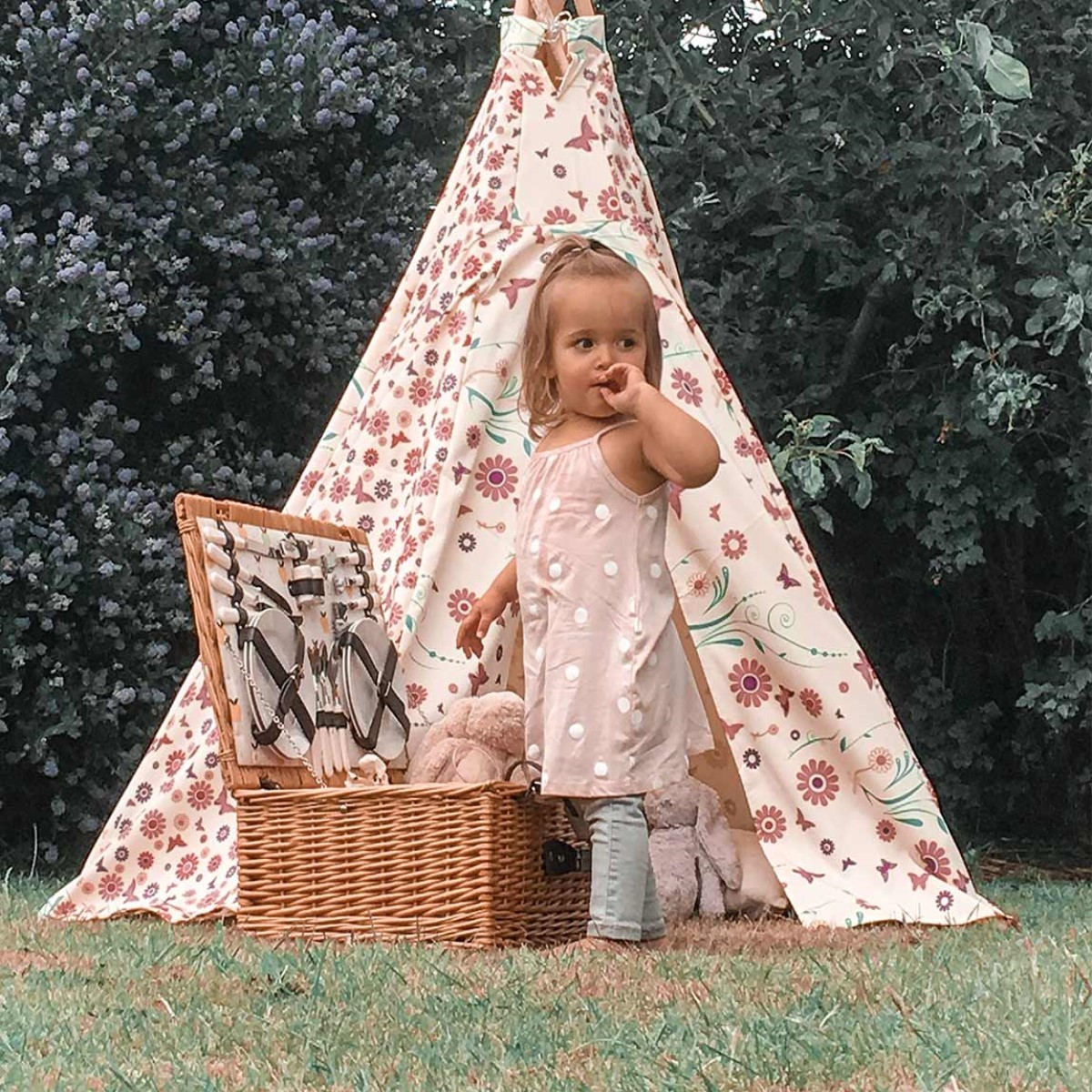 Flower Butterfly Teepee with Floor Mat